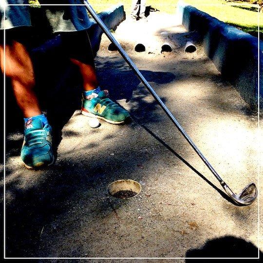 Mini golfe no borboletário